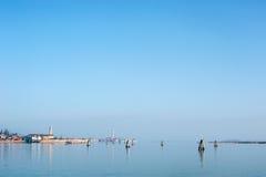 Buranoeiland op de horizon Stock Foto
