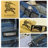 Burberry dei vestiti dell'accumulazione Fotografia Stock
