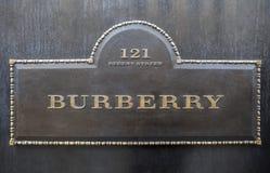 Burberry en Londres Fotos de archivo libres de regalías