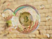 Burbuja Cryptocurrency de Bitcoin imagenes de archivo