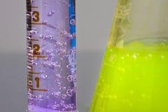 Burbujas de los productos químicos Foto de archivo libre de regalías