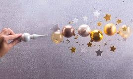 Burbujas de plata y de oro de la Navidad Imagen de archivo