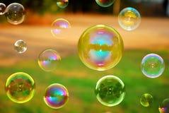 Burbujas del otoño del jabón Fotos de archivo libres de regalías