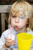 Burbujas que soplan Fotografía de archivo