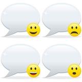 Burbujas y Emoticon del discurso Imagenes de archivo