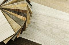 Bureau d'architecte et de décorateur intérieur de maison avec des outils, bois s Photographie stock libre de droits