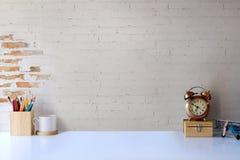 Bureau d'espace de travail et espace confortables de copie Photo stock