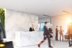 Bureau de marbre, réception, les gens Images libres de droits