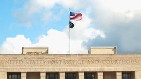 Bureau de poste et tribunal images libres de droits