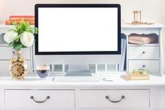 Bureau de travail avec l'ordinateur Photographie stock libre de droits