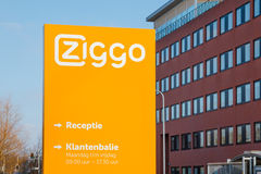Bureau et bureau de service client de Ziggo, le plus grand ope de câble Photo stock