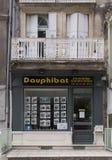 Bureau français d'immobiliers dans des Frances d'Avignon images stock