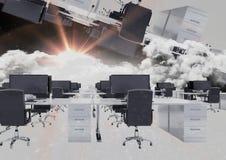 bureau inversé en nuages avec la fusée Photo libre de droits