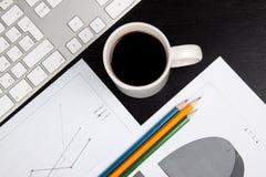 Bureau met koffie Stock Fotografie