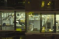 Bureau, Nacht Royalty-vrije Stock Fotografie