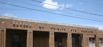 Bureau of Weights and Measures. Closed city of Memphis Bureau of Weights and Measures, Memphis TN Stock Images