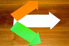 Bureau, zaken, het concept van het onderwijsstilleven op houten achtergrond stock afbeelding