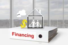 Bureaubindmiddelen die huisfamilie financieren Royalty-vrije Stock Foto's