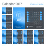 Bureaukalender voor het Jaar van 2017 Het vectormalplaatje van de Ontwerpdruk met Plaats voor foto De week begint Zondag Kalender Stock Afbeelding
