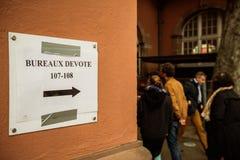 Bureaux de vote voting section France queu Stock Photography