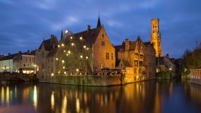 Burg Bruges przy błękitną godziną, Belgia Zdjęcia Stock