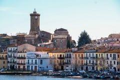Burg de Marta sur le lac Bolsena photo stock
