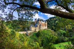 Burg Eltz - één van de mooiste kastelen van Europa duitsland royalty-vrije stock foto's