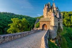 Burg Eltz-Schloss in Rheinland-Pfalz, Deutschland stockfotos