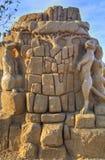 BURGAS BULGARIEN - OKTOBER 04: Sandpappra skulptur på OKTOBER 04, 2015 i Burgas, Bulgarien Arkivfoto