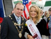 Burgemeester Michael Crowe en Leonie Tansey-Oyster Perl Royalty-vrije Stock Afbeeldingen