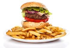 Burger και τηγανητά Στοκ Εικόνες