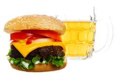burger μπύρας Στοκ Εικόνες