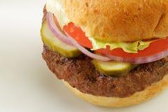 Burger auf Brötchen Lizenzfreies Stockfoto