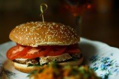 Burger mit Huhn Stockfotos