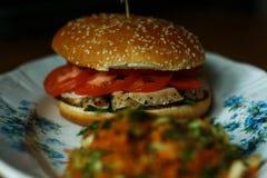Burger mit Huhn Stockfotografie
