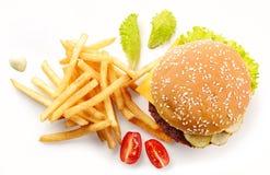 Burger und gebratene Kartoffeln stockfotografie