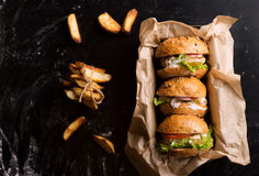 burgers τρία Στοκ φωτογραφία με δικαίωμα ελεύθερης χρήσης