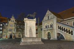 Burgplatz in Braunschweig bij avond Stock Foto's