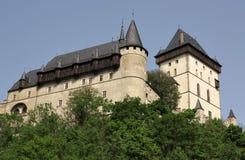 Burgraviate宫殿和大塔- Kerlstejn 免版税图库摄影