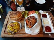 Burguer posiłek przy Amsterdam fotografia stock