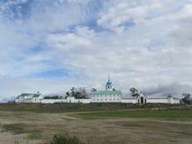 Buriatia, monasterio en la orilla del lago Baikal Fotos de archivo