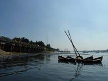 burigonga达卡孟加拉国河  库存图片