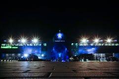 BURIRAM, ТАИЛАНД - 15-ОЕ АВГУСТА: Взгляд ночи вне Я-передвижного стадиона 15-ого августа 2015 в Buriram, Таиланде Стоковые Изображения