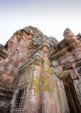 BURIRAM - 28 februari: Zandsteenkasteel bij het historische park van Phanomrung, Buriram Thailand Royalty-vrije Stock Fotografie