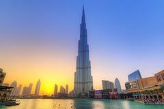 Burj哈利法在日落的迪拜,阿拉伯联合酋长国 库存图片