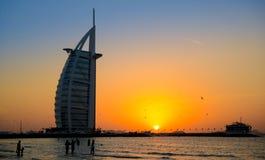 Burj Al Arab no por do sol Imagem de Stock