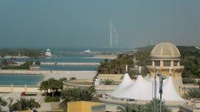 29 2009 burj Dubai e hotelowego khalifa Listopad panoramicznych u widok A e - JAN, 2018: widok na miasto krajobrazie z budynkami  zdjęcie wideo