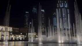 29 2009 burj Dubai e hotelowego khalifa Listopad panoramicznych u widok A e - JAN, 2018: zadziwiający przedstawienie wielkie font zdjęcie wideo