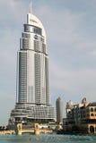 Burj Dubai See-Hotel und andere Gebäude Lizenzfreies Stockfoto