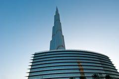 Burj Khalifa (det Khalifa tornet) som är bekant som Burj Dubai Fotografering för Bildbyråer